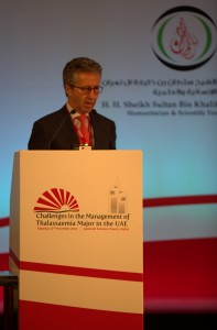 Dr Walker presenting in Abu Dhabi 2014